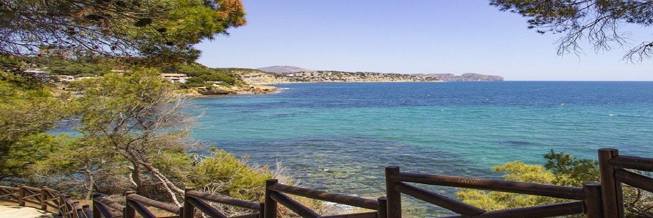 Un paseo ecológico por la costa.